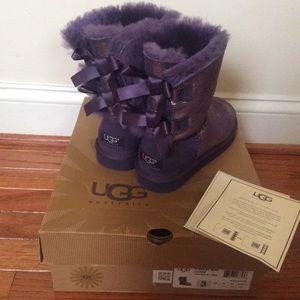 f91c970876f 🆕 Authentic UGG bailey bow- purple NWT